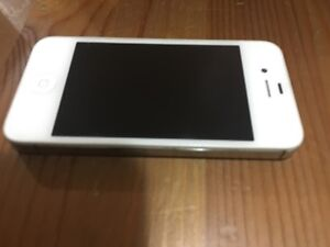 iPhone 4S white in excellent conditions