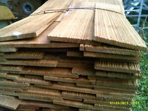clear red cedar sidewall shingles 18''new , primed or natural 75