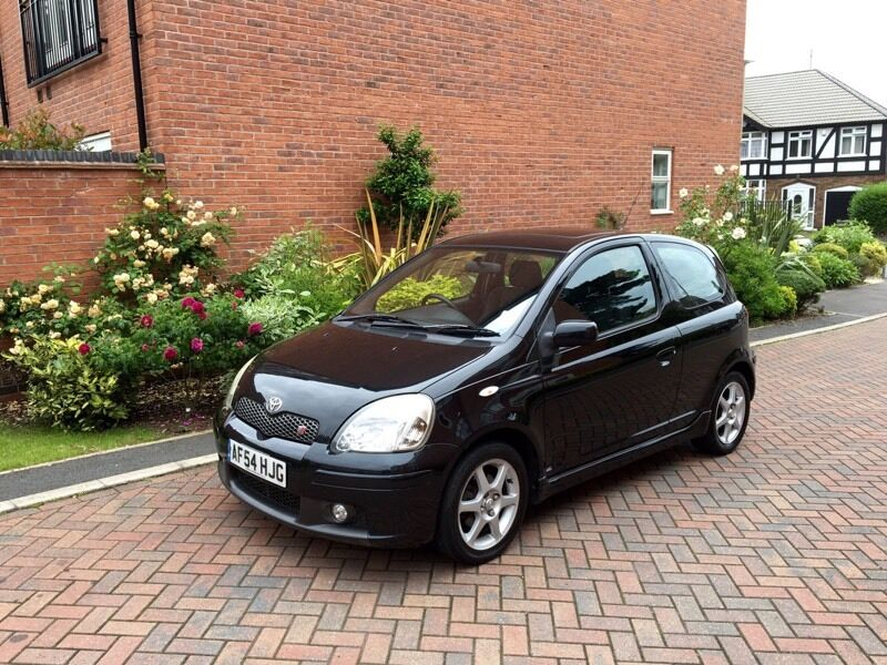 toyota yaris 1 5 t sport 2004 54 reg metallic black t sport in leicester leicestershire gumtree. Black Bedroom Furniture Sets. Home Design Ideas