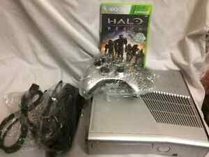 Xbox 360 Halo Reach Edition Console bundle