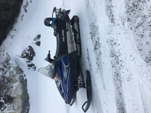 2004 , 550 Trail touring