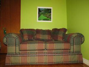 Quebec made couch West Island Greater Montréal image 2