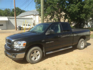 Yorkton: 2007 Dodge Power Ram 1500 slt Pickup Truck