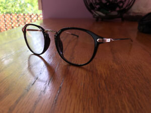 Dior eyeglasses for women Authentic.