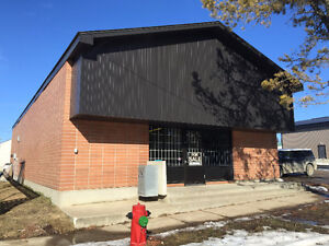 Commercial Building for Sale or Lease in Bentley
