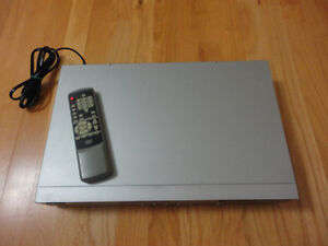 Diamond brand DVD player with remote London Ontario image 2