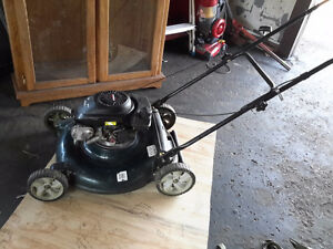 FAST SALE SELF  PROPELLE LAWNMOWER  by Tecumseh ONLY $85.00