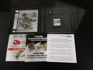 Zelda Spirit Tracks, DS, Mint condition w/ manual, all inserts.
