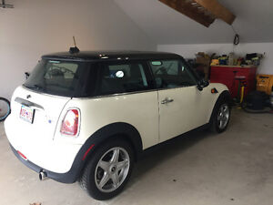 MINI Mini Cooper Coupe (2 door) 2010