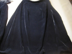 2 Women's Suits and 1 Suede Skirt and Vest (Matching) Cornwall Ontario image 4