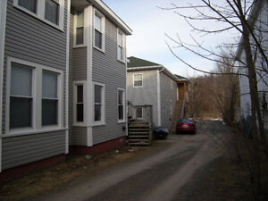 2 BEDROOM APT AVAILABLE MAR 1/17 IN KENTVILLE.