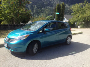 2015 Nissan Versa Note (winter tires + rims and receiver hitch)