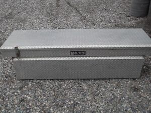 Seal Tite Crossover Truck Toolbox