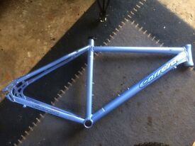 "18"" alloy carrera Vulcan frame"