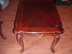BOMBAY COMPANY OCCASIONAL TABLE