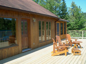 Large Family Friendly Cottage on Crystal Clear Lake