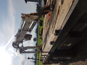 Crane/boom and deck