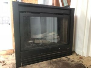 Heat N' Glo natural gas fire place
