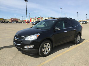 2010 Chevrolet Traverse 2LT SUV, Crossover