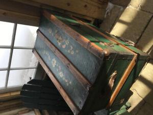 malle de rangement / coffre vintage
