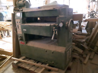 Three phase thickness planer. 2 sets of blades. 25 inch width.