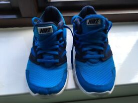 Nike Size 5 Trainers