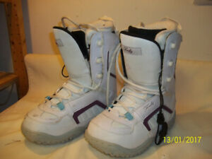 "Women's Snowboard Boots Sizes 5, 7, 8, & 9 ""NEW"" (Six Pairs)"