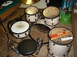 ORBITONE BY TAYE DRUMKIT W/HARDWARE,RIDE AND UPGRADED PEDAL !!