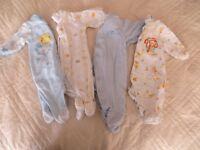 Pyjamas nouveau-né (1 mois)