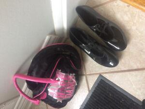 Girls/ladies tap shoes size 8