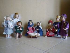 ASHTON DRAKE dolls: Nativity Scene