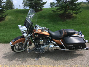 2008 Anniversary edition Harley Road King Classic