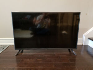 LG LED TV, 42 inch , (1080p) in Perfect condition
