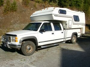 1996 GMC 3500 Series Crewcab with 1994 9.5 ft. Camper