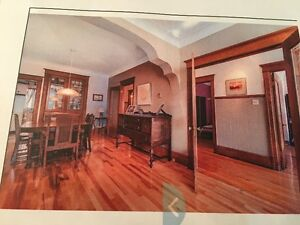 BEAUTIFULL LARGE 71/2 W 4BEDROOMS AND BASEMENT IN PLATEAU