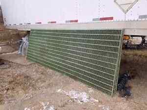 HEAVY DUTY FIBREGLASS GRATES STEEL 12' × 4'