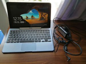 Samsung ATIV 500T1C Smart PC with Keyboard  and charger