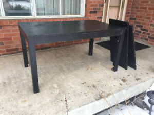 Selling Dining table (BJURSTA Extendable table from IKEA)