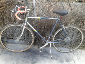 Super Cycle 12 Speed Road Bike, Brand new U-lock for just extra