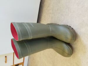 DUNLOP PUROFORT WORK BOOTS Size 13. Excellent Condition
