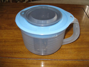 NEW Tupperware**Cheaper then eBay/no tax*Excellent Christmas gif