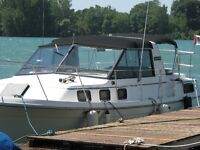 CARVER 33 FT AFT CABIN  make an offer