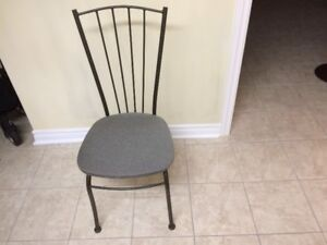 Steel frame and cloth seat chair in real nice clean condition