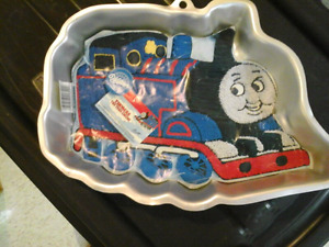 Wilton Thomas the Tank Engine Cake Pan with Instructions