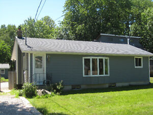 Large 4 Bdm Home nestled in Lakeside Community close to Orillia