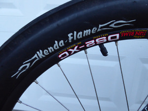 Kenda Flame cruiser tires