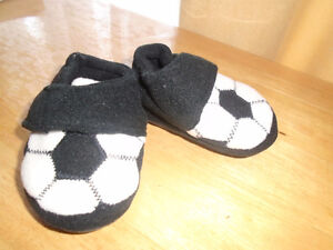 ☺SHOES KIDS - 6-12 months☺ 5$  New , never worn ,
