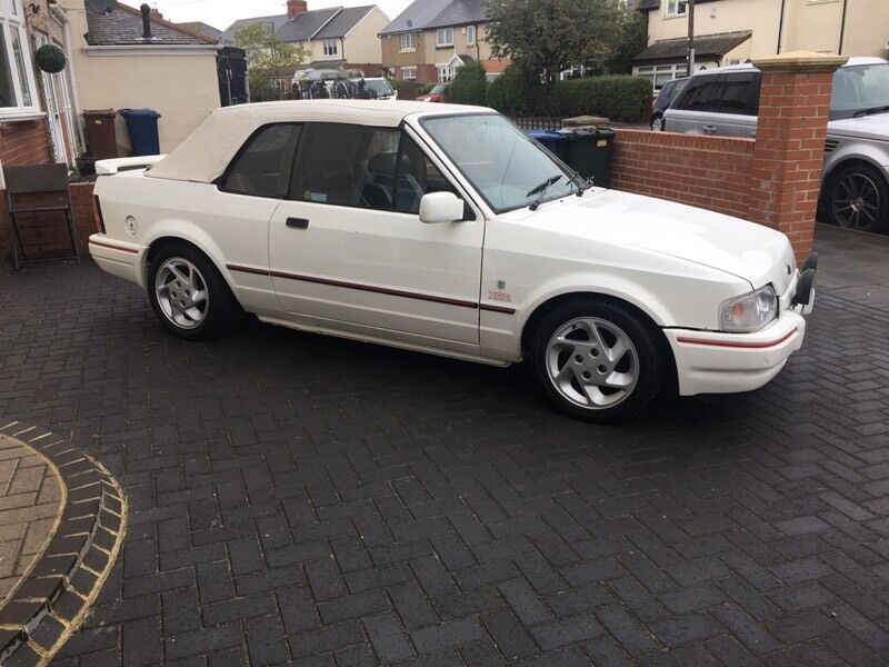 ford escort xr3i cabriolet 1989 in wallsend tyne and wear gumtree. Black Bedroom Furniture Sets. Home Design Ideas