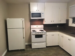 Small 1Bedroom in a Quiet Flourplex on the West side