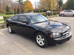 2010 Dodge Charger.. no accident.. mint condition.. no rust